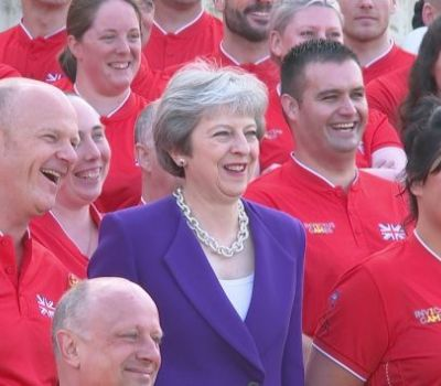 Theresa May unveils 2018 Invictus Games UK team - Yahoo News UK